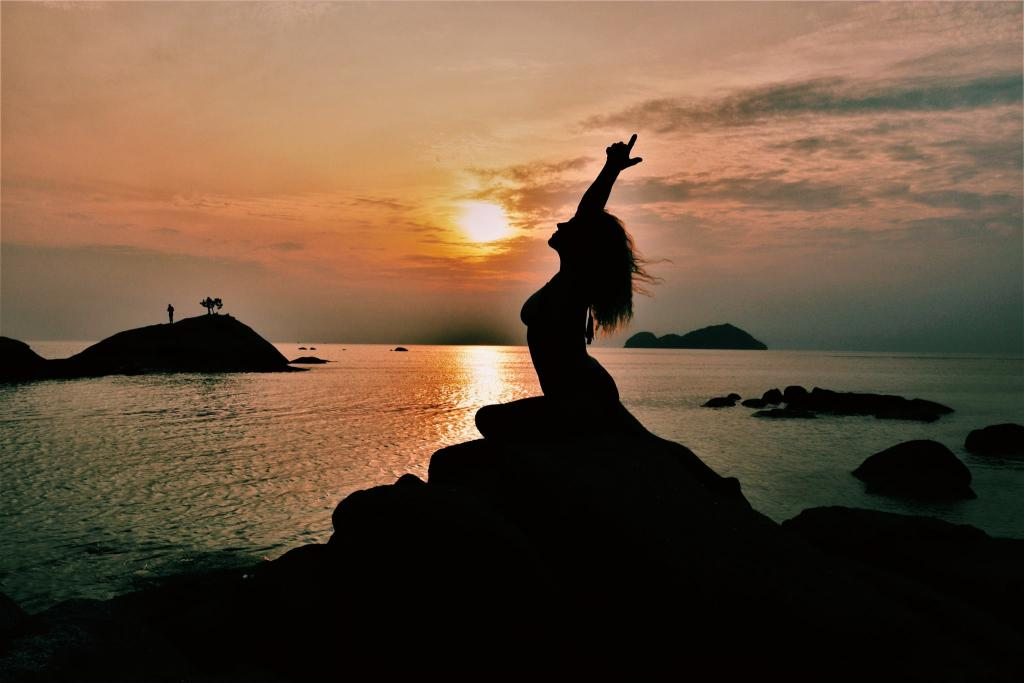 Juliana Brazil Yoga Sea